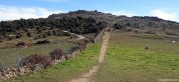 Camino cerca del Alto del Mojón