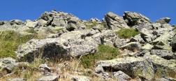 Sendero hacia el Montón de Trigo