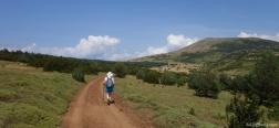 Onverharde weg naar de Pico Oturia