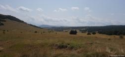 Uitzicht vanaf de onverharde weg naar de Pico Oturia