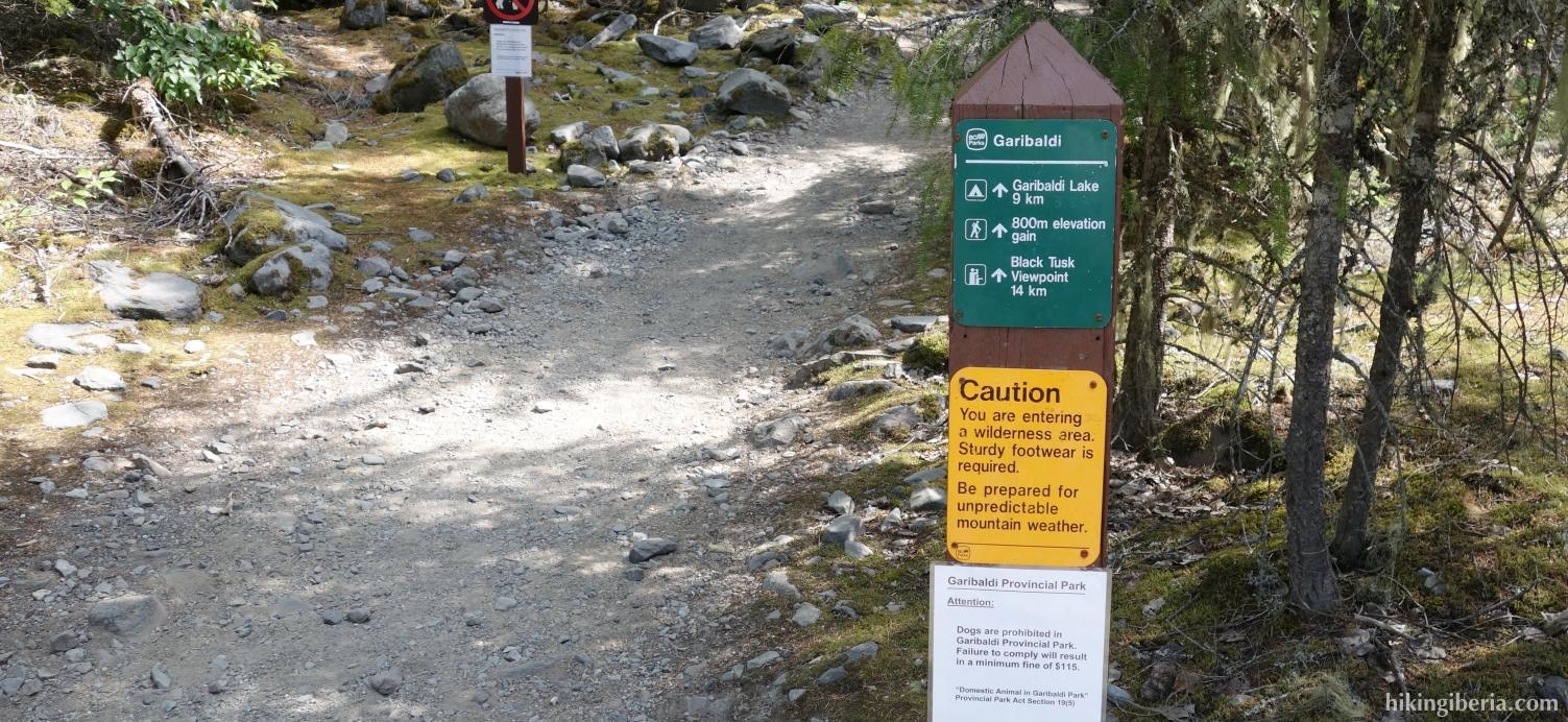 Begin van het pad naar de Garibaldi Lake