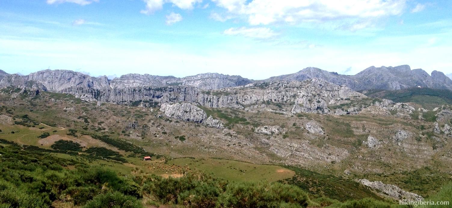 Afdaling van de Cerro Pedroso
