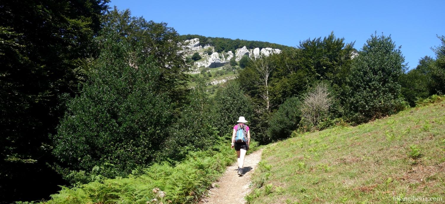 Trail to Mikeleten Etxea