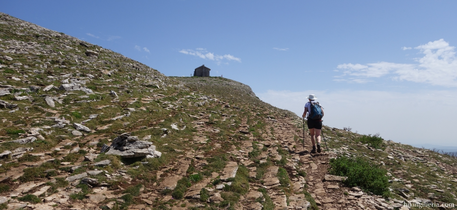 Ascent to the Beriain