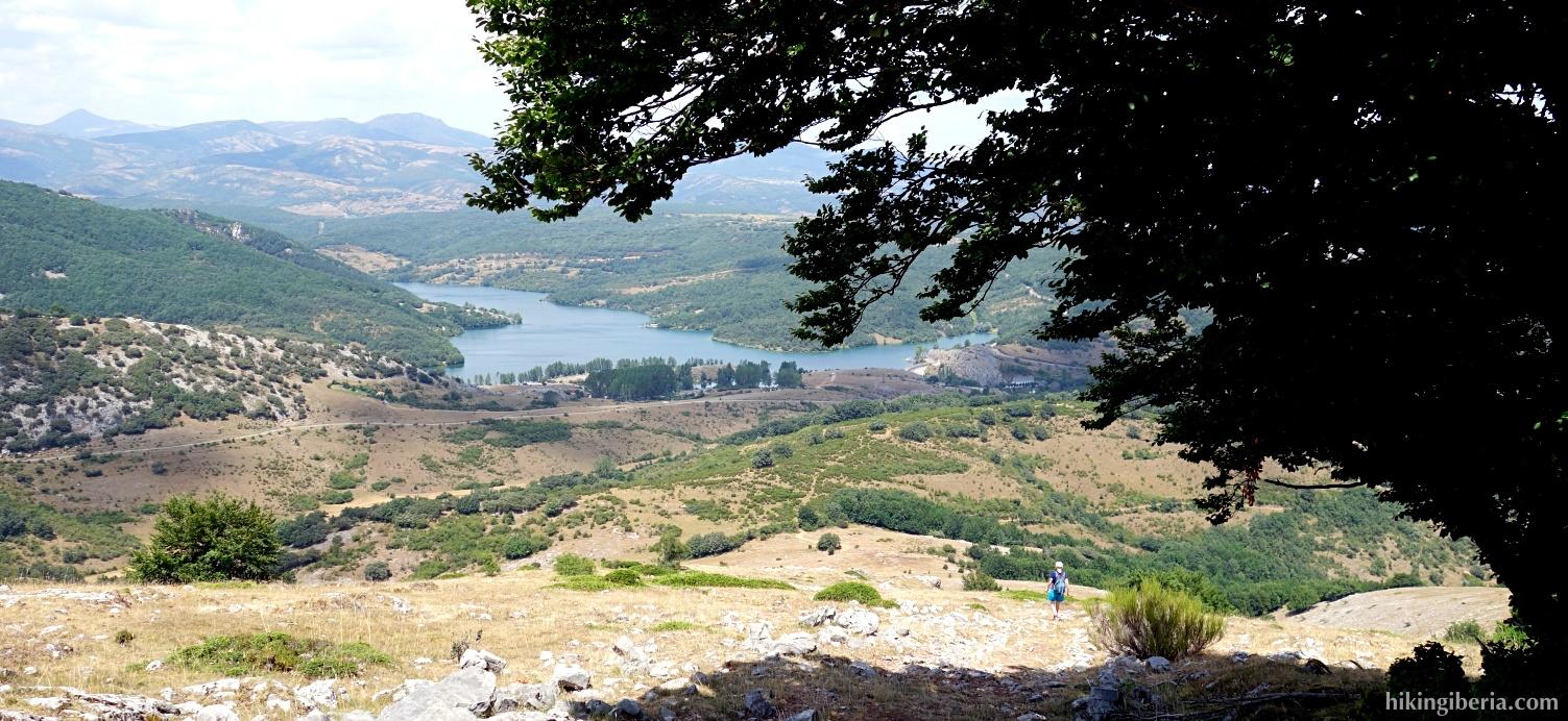 Uitzicht over het Stuwmeer van Cervera-Ruesga