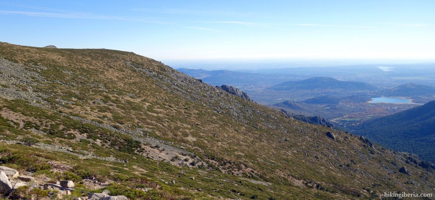 View near the Bola del Mundo