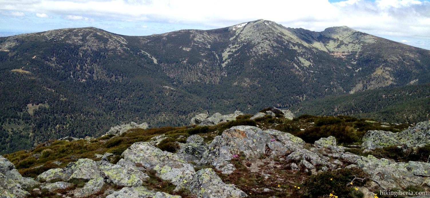 View from the Cerro Peña del Águila