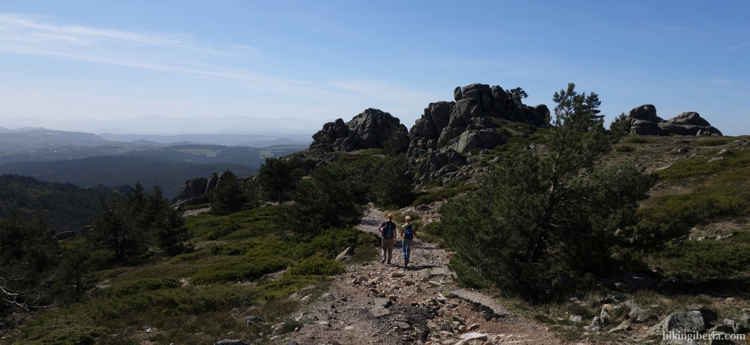 Afdaling naar de Alto de la Gargantilla