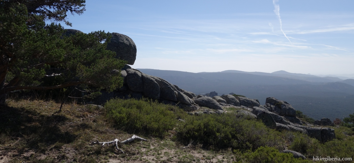 View near Cueva Valiente