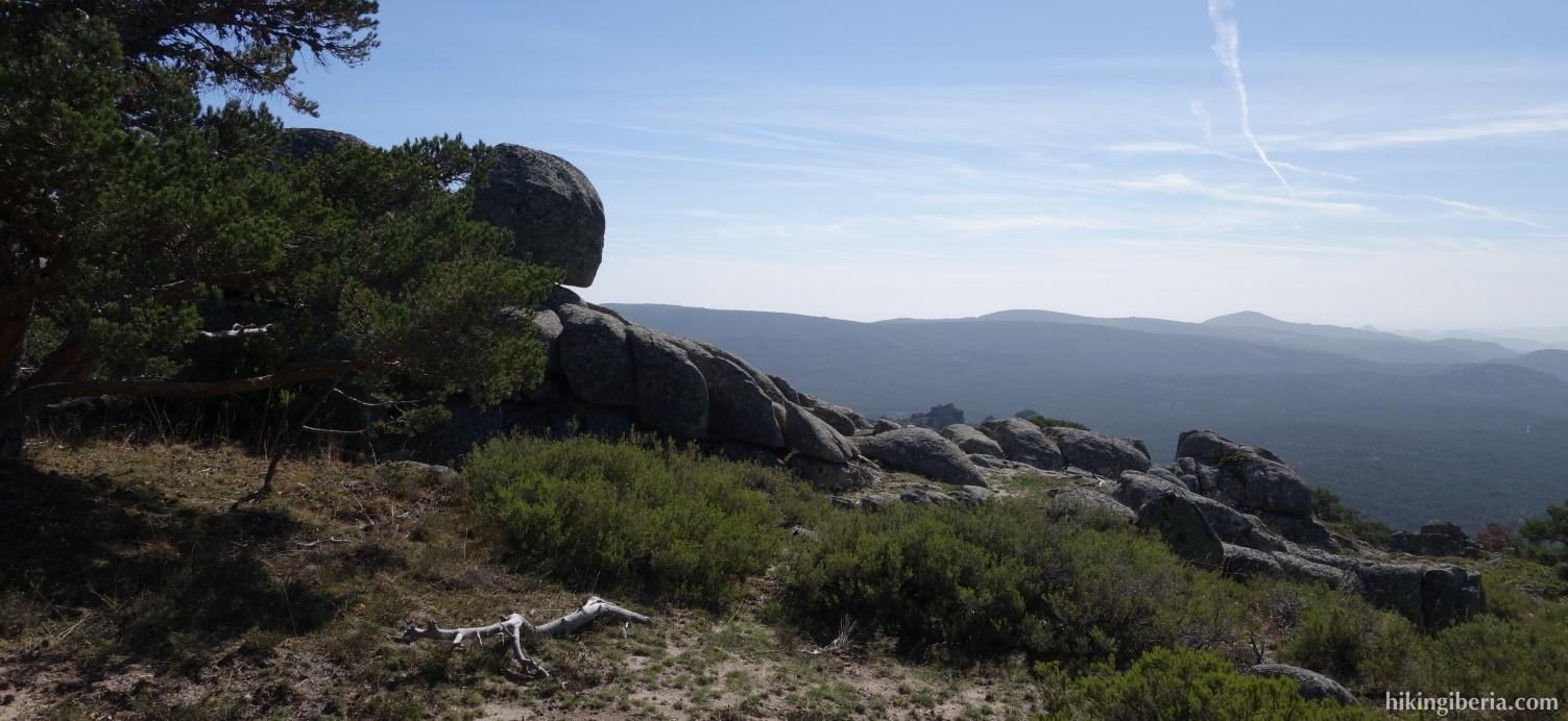 View near Cueva Valiente