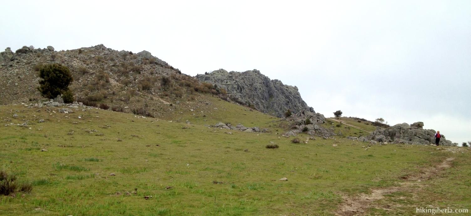 Climb to the Machota Baja