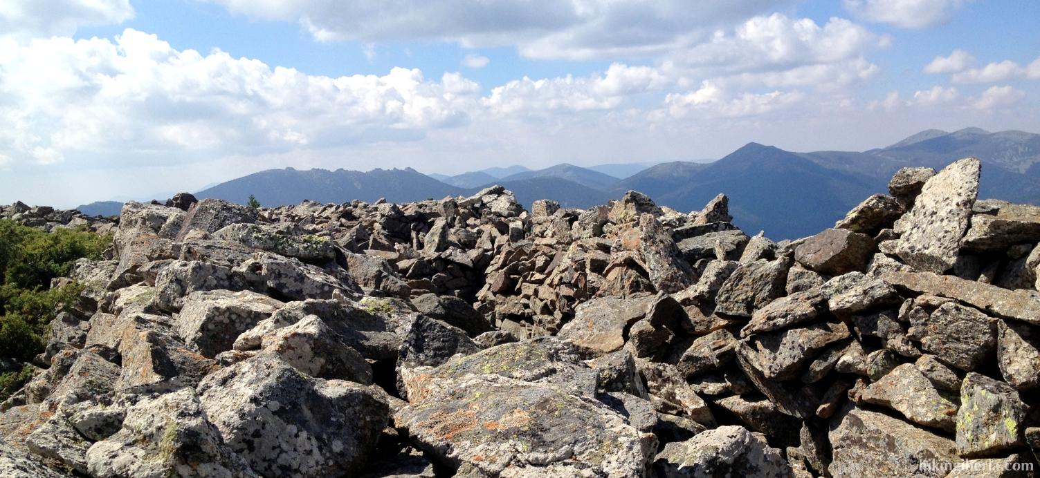 Loopgraven vlakbij Peña Citores