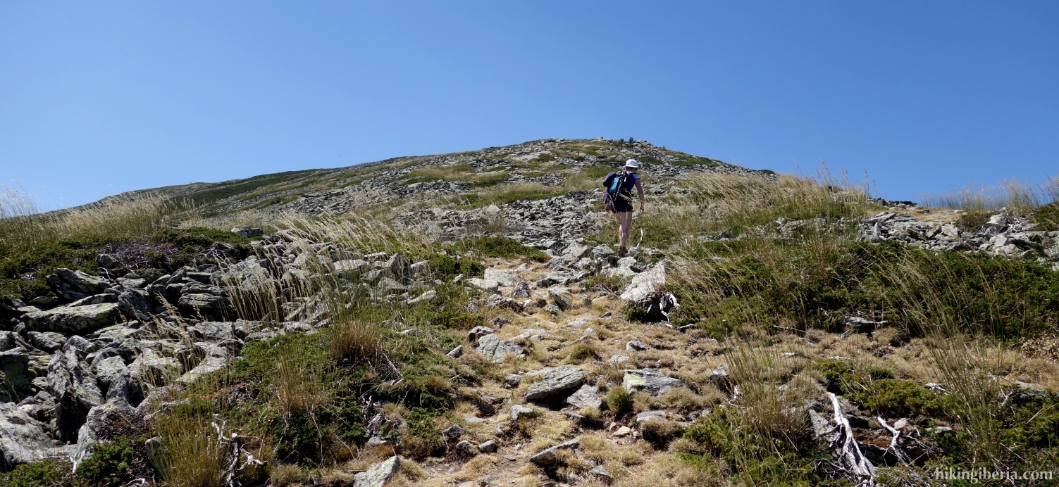 Ascent to the Cerro de la Muela