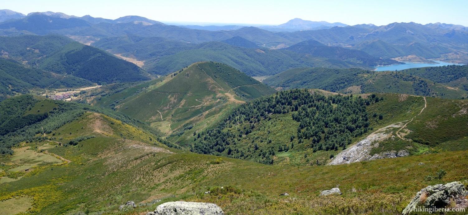 View from the Alto de los Cotorros