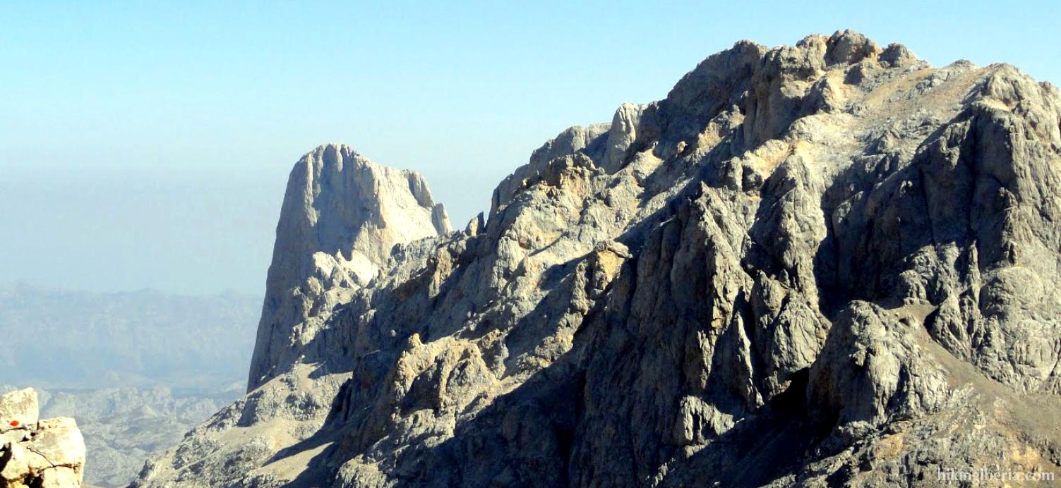 Uitzicht vanaf de Torre de los Horcados Rojos
