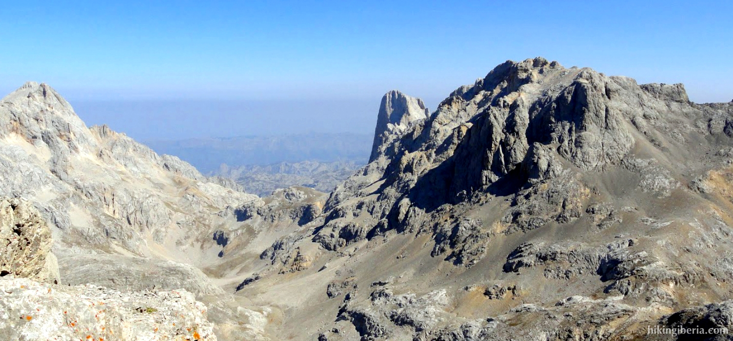 View from the Torre de los Horcados Rojos