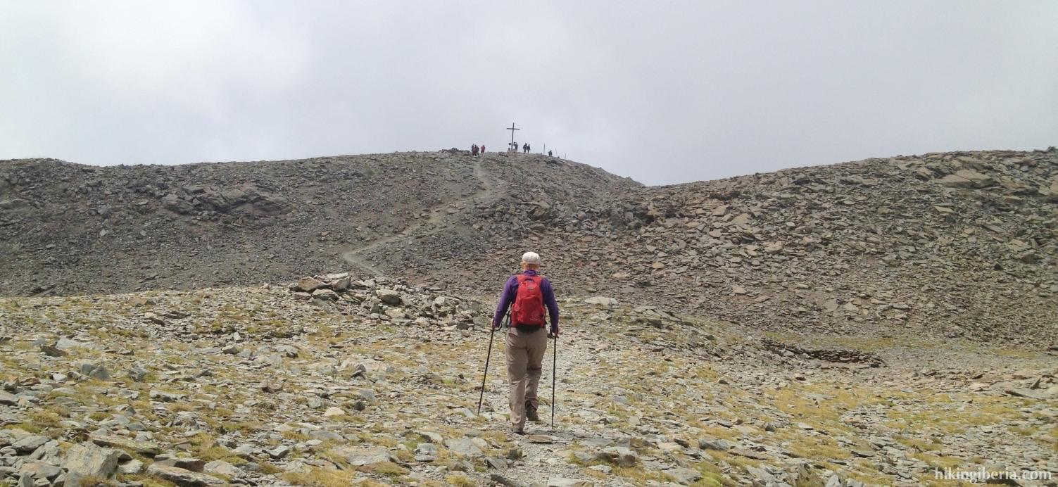 Ascenso hacia el Puigmal
