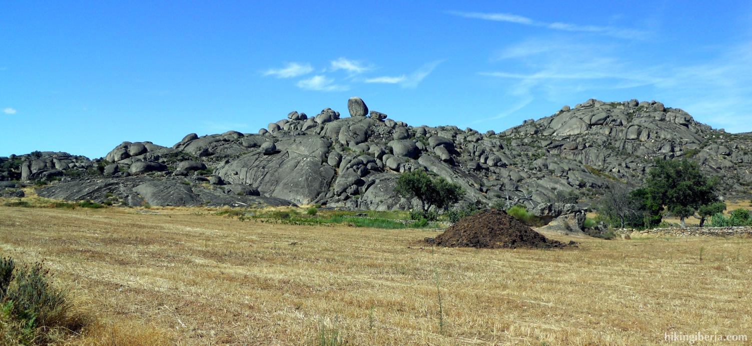 Rotsen bij dolmen ´El Mellizo´