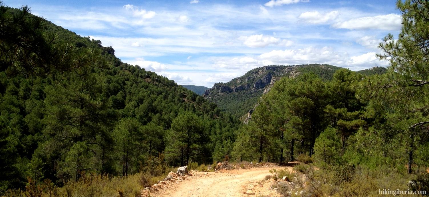 Subida desde el valle del Río Escabas