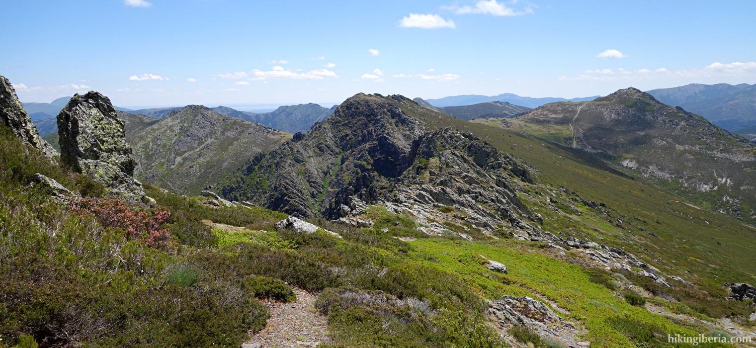 Trail near the Buitrera