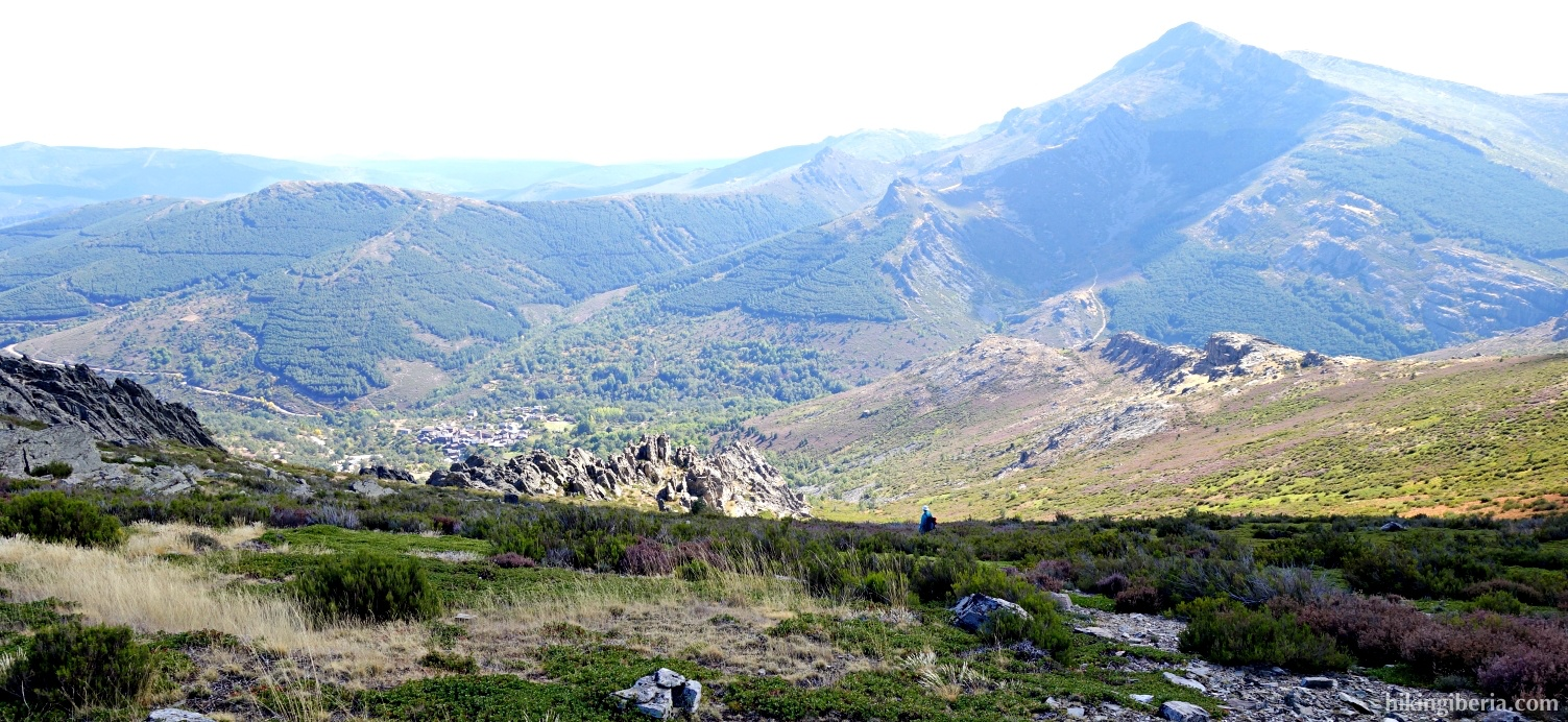 Descent from the Collado Mesao