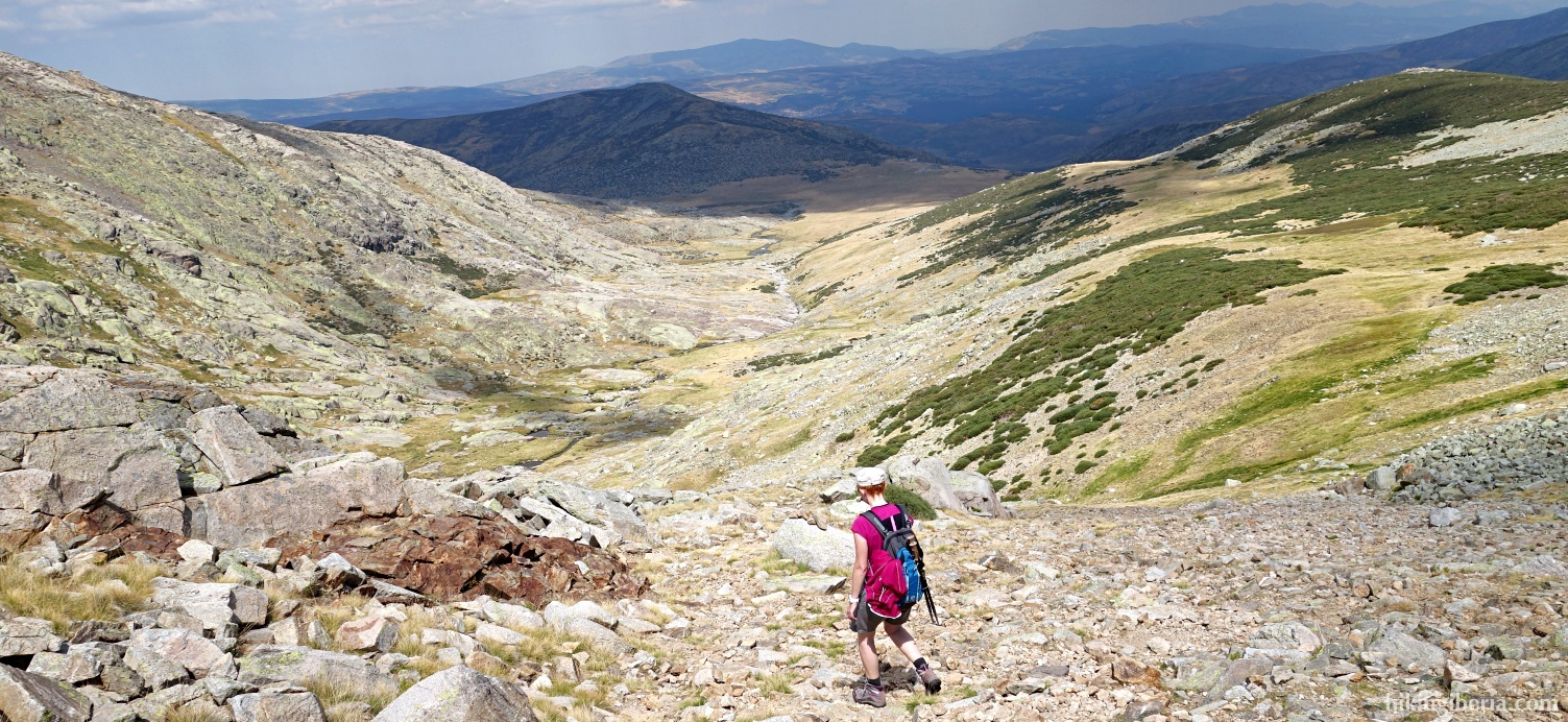 Descent from the Cuerda del Refugio