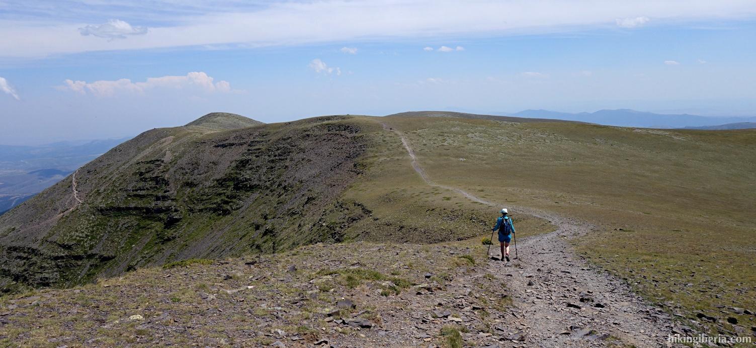 Trail to the Cerro de San Juan