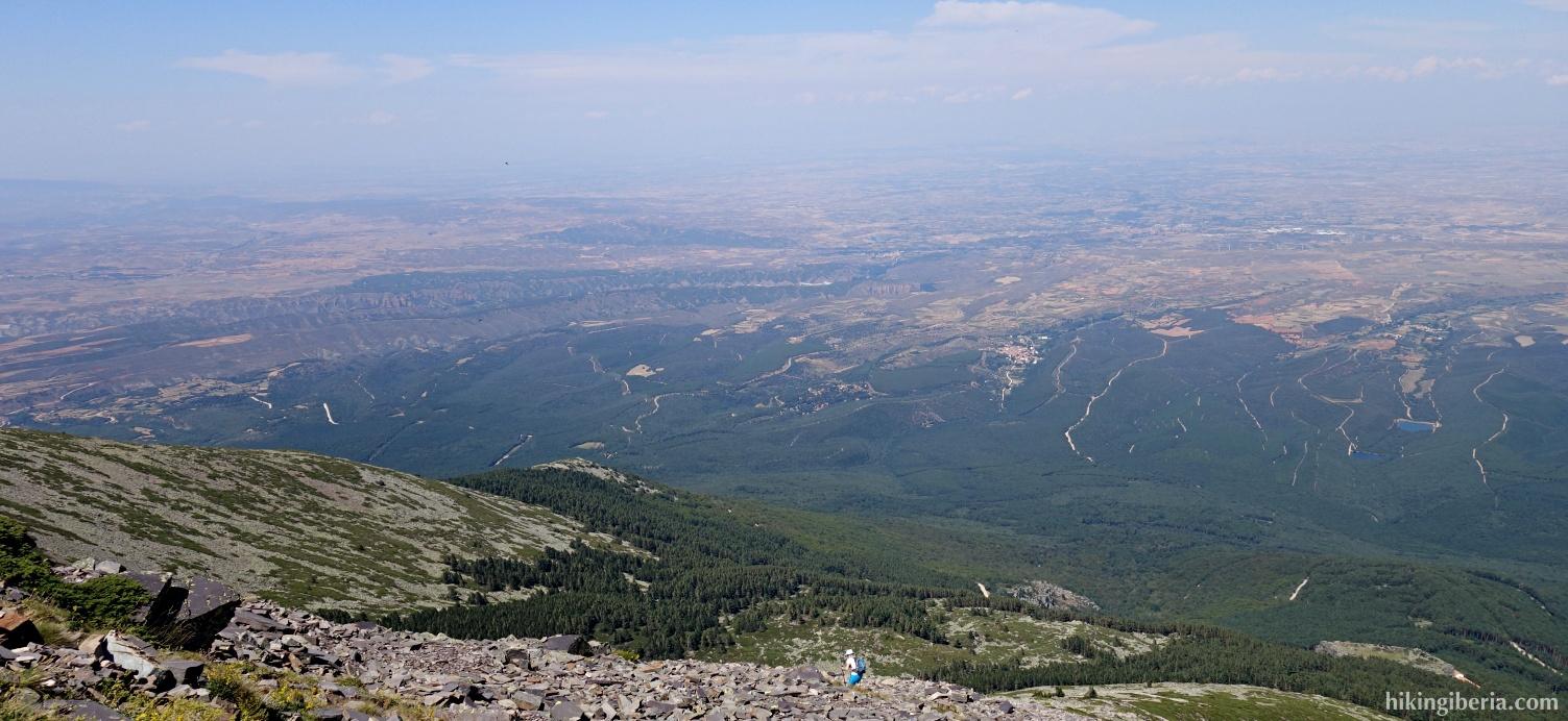 Afdaling vanaf de Cerro de San Juan