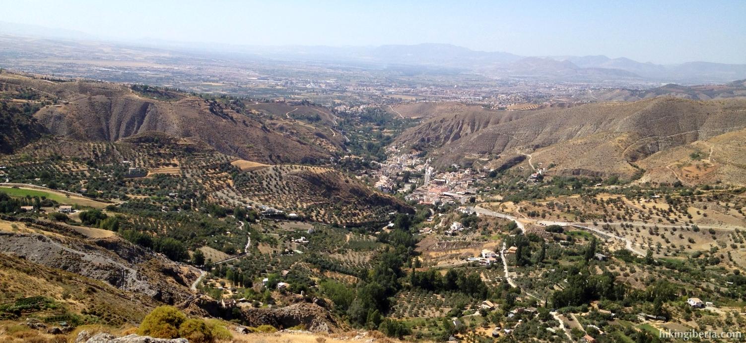 Vista a Monachil y Granada