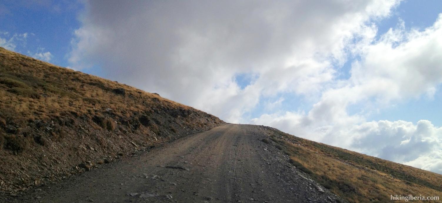 Road to the Alto del Chorrillo