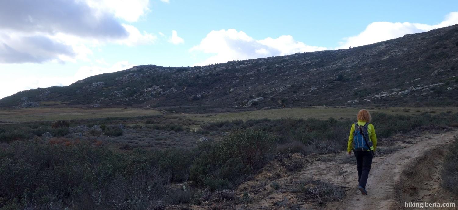 Trail through El Badén