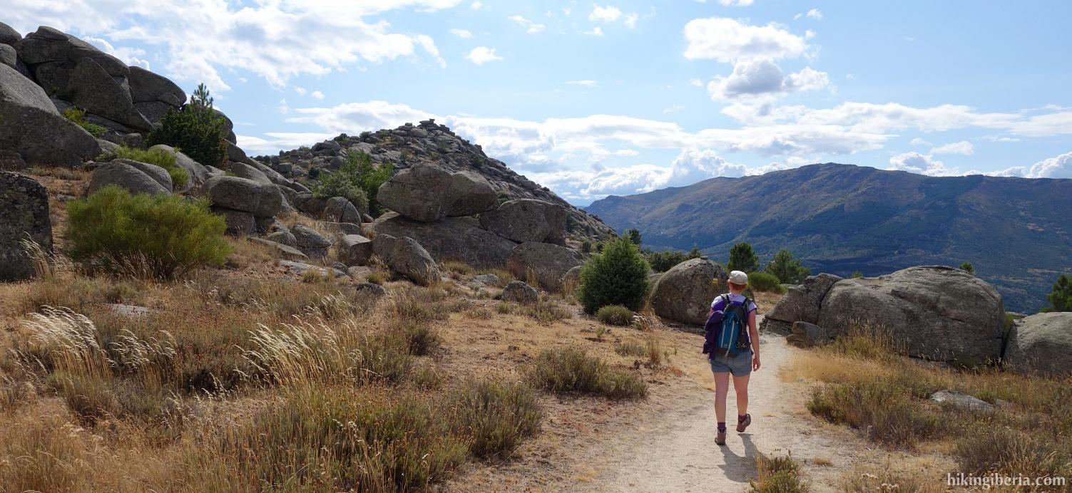 Path to the Collado Alfrecho