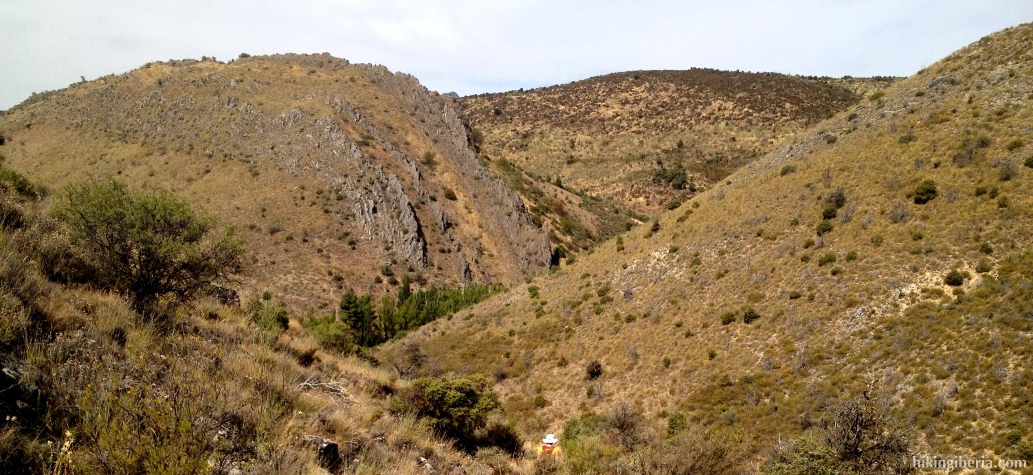 Afdaling langs de Arroyo de San Vicente