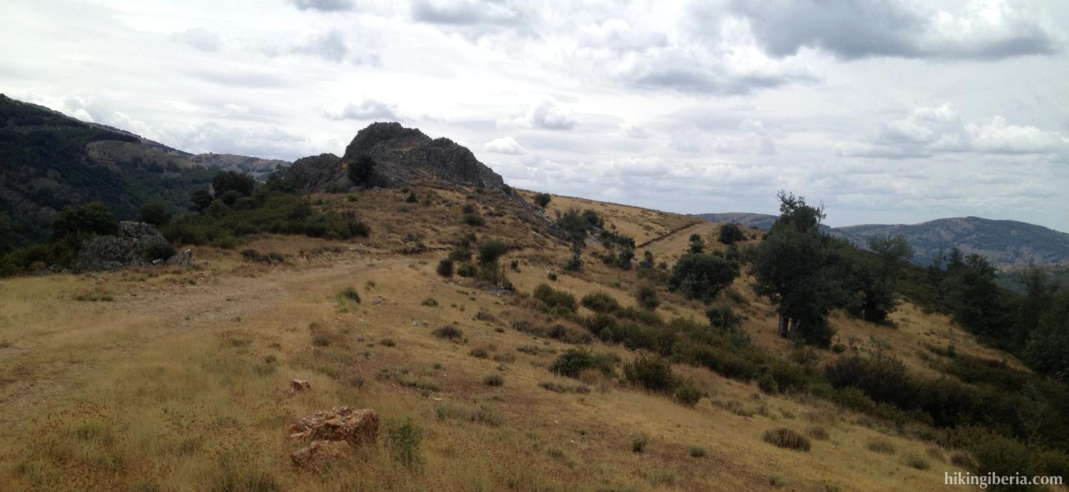Vista antes del descenso al Arroyo Valluengo