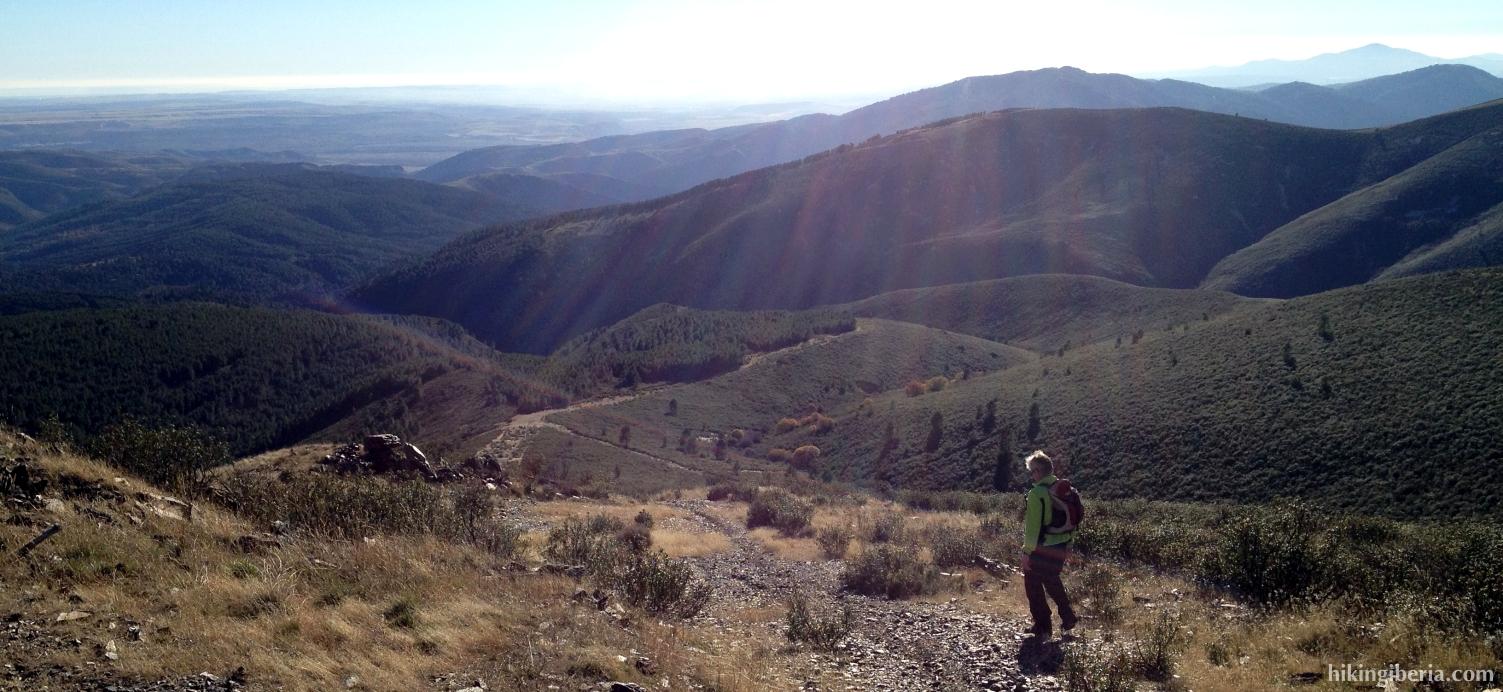 Afdaling vanaf de Pico Somosierra