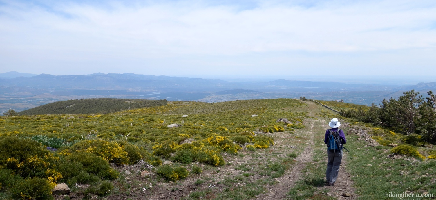 Descent from Reajo Alto