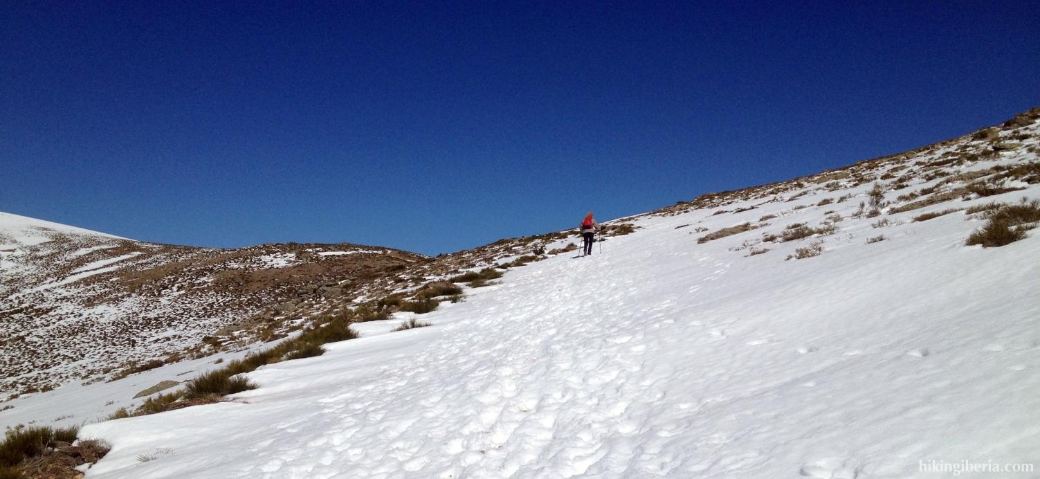 Ascent to Tres Provincias