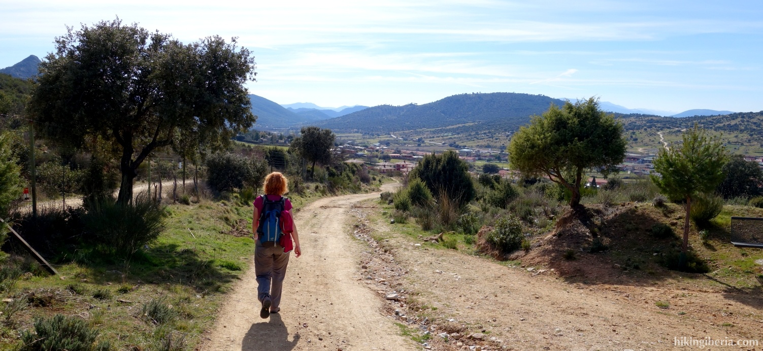 Path towards Robledo de Chavela